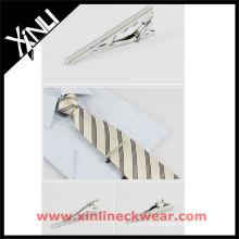 Clip de lazo y corbata de seda