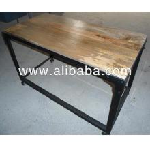 Table d'appoint industrielle