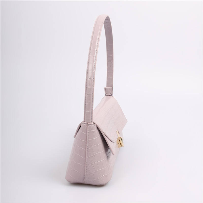 Fashionable shoulder bag for teenage girls