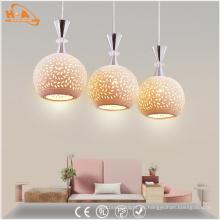 Lámpara colgante de cerámica moderna del patrón del LED con el bulbo E27