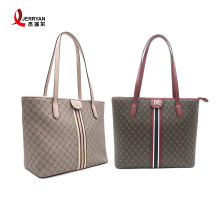 Wanita Classic Single Sling Bag