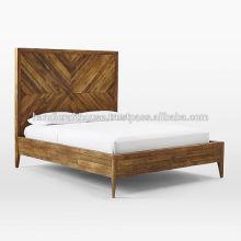 Cama de madera con acabado antiguo King Size