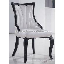 Cadeira de jantar de madeira sólida estofada branca XYD059