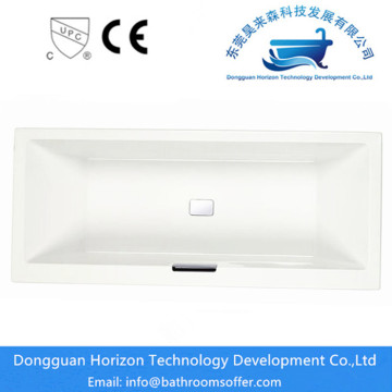 Acryl badkuip in de badkuip in de spa