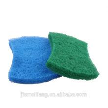 Кухонная чистящая салфетка и зеленая чистящая салфетка и нейлоновая чистящая салфетка