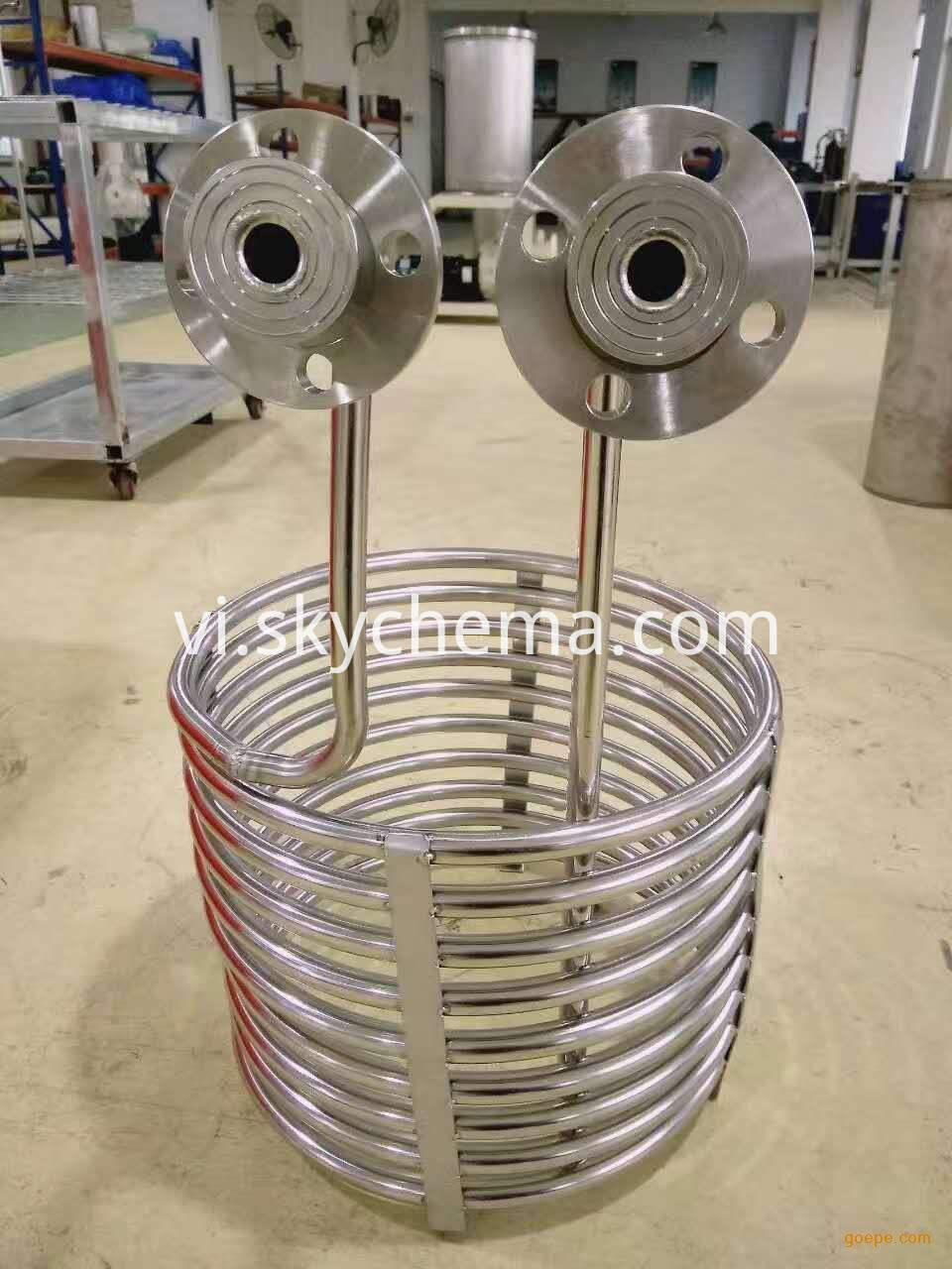 Titanium-immersed-coil-type-heat-exchanger.4-3