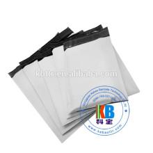 sacs de courrier matelassés en plastique poly gris clair