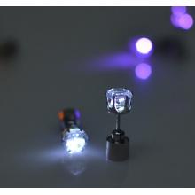 Moda luz Led brincos com cristal