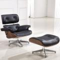 Charles Eames Lounge Chair mit Ottoman