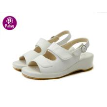 Stiefmütterchen Komfort Schuhe Super leichtes Gewicht und Massage Einlegesohle Krankenschwester Schuhe