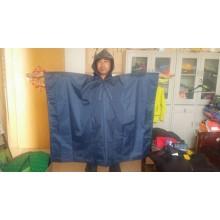 weißer PVC-Kinderregenponcho mit Regenschutzkappe