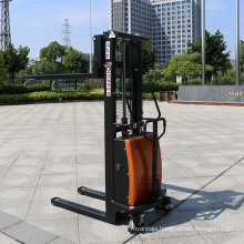 China Manufactures New Design Heavy Duty Semi-Electric Stacker (CDSD10)