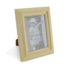 Cheap Photo Frames Made of Wooden