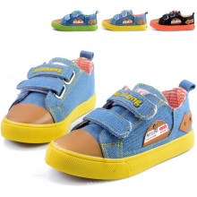 2014 Breathable Soft Bottom Children Canvas Shoes (BF-BL07)