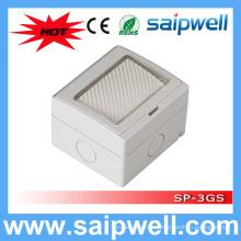 Saip High Quality 3 Gang водонепроницаемая электрическая розетка для ванной комнаты