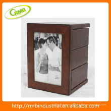 Madeira vintage frame photo (RMB)