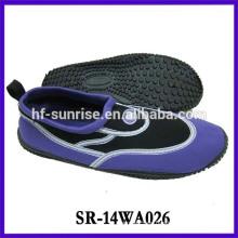 Calzado impermeable de la playa del zapato que camina del agua de la manera de las mujeres zapatos del agua