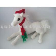 decoração de natal recheado de pelúcia cavalo com chapéu e cachecol