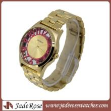 Número cor-de-rosa no caso relógio de pulso