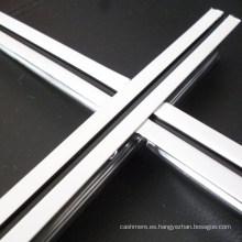 T-Grids expuestas del techo plano del surco (línea negra media 24 * 32 * 3600)