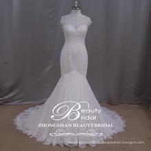 Romantische Spitze applizierte Meerjungfrau Hochzeitskleid hohe Halskappe Hülse Hochzeit