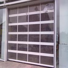 Прозрачная секционная акриловая раздвижная дверь гаража