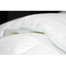 Edredones y almohadas acolchados de microfibra de poliéster