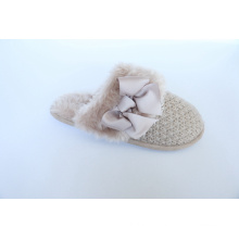 Indoor Slipper with Women′s