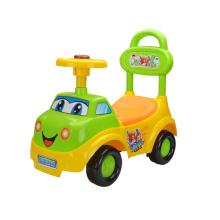Поездка на игрушечном детском автомобиле (H0006112)