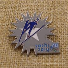 Hoch polierte harte Emaille Metall Sochi Revers Pin für Verkauf