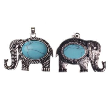 Vintage Turquoise Gemstone Elephant Pendant Necklace ​