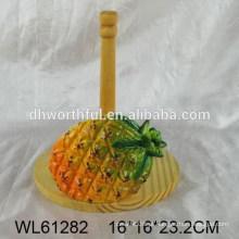 Abacaxi design titular de tecido de cerâmica com parte de madeira