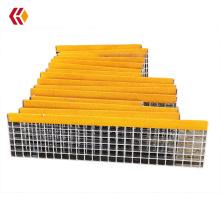 Galvanized CS Stair Tread Gratings with Yellow Abrasive Nosing