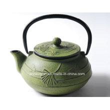 Зеленый чугунный чайник 0.6L