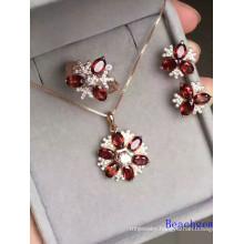Fashion Jewellery Set with Garnet Gemstones