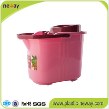 New Fashion Squeeze Plastic Mop Wringer Bucket with Wheels