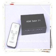 Commutateur HDMI 3x1 (Trois signaux d'entrée HDMI sont commutés sur un seul pupitre HDMI)
