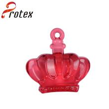 Ornamento plástico de la corona roja para las decoraciones