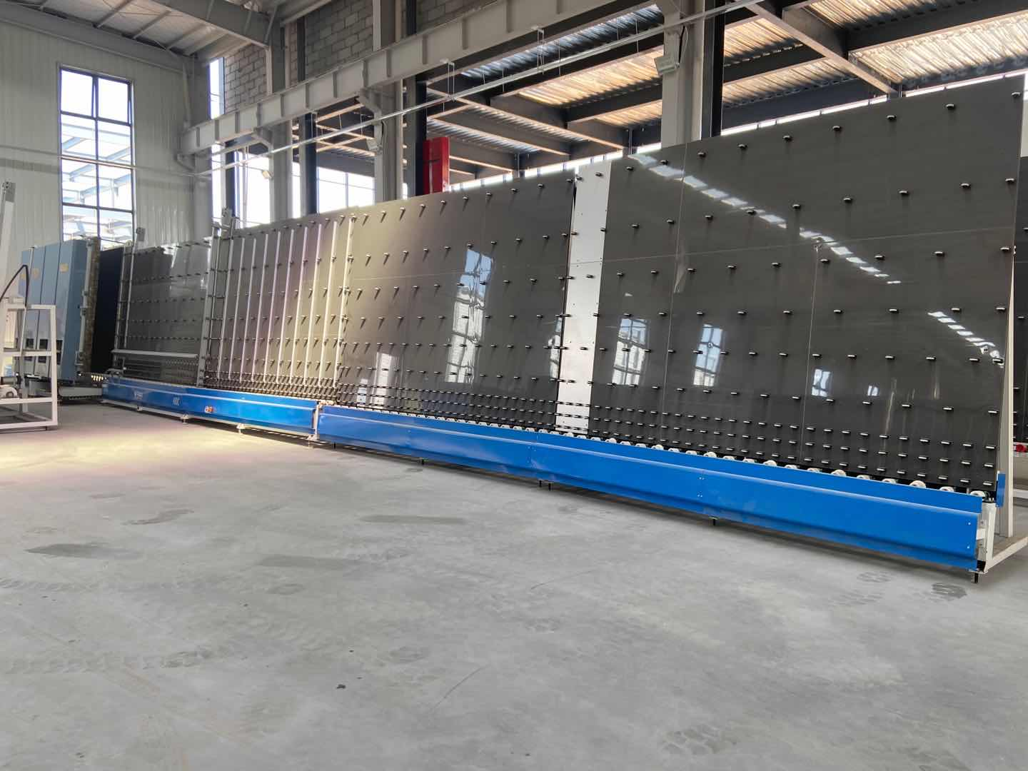 production line for insulating glass