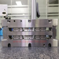 SKD-61 Material Injection Mold Inserts EDM Tolerance 0.003