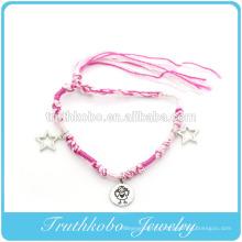 Meilleure vente d'accessoires imitation écologique bracelets de charme de coeur en alliage de zinc avec des fils doux roses