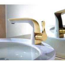 Robinet de lavabo à levier simple de luxe (DH31)
