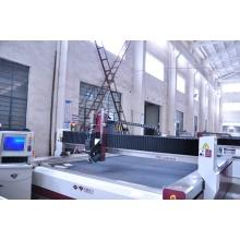 Оператор станка гидроабразивной резки стекла