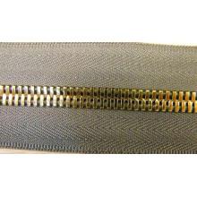 Cremallera metálica de cadena larga para prendas de vestir 7041