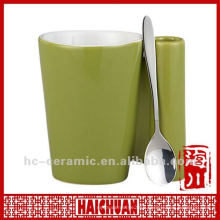 Ceramic mug with spoon holder, mug spoon holder
