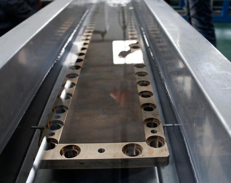 Double Bundle Spunbond Nonwoven Fabric Making Machine