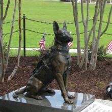 High quality life size animal bronze dog sculpture