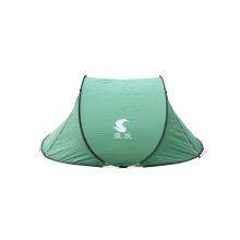 Grüne schnell öffnende Zelte