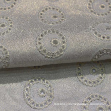 tela de bordado de algodón blanco con agujero