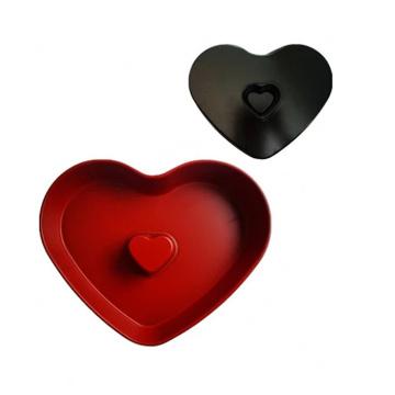 Casserole a muffins en forme de coeur